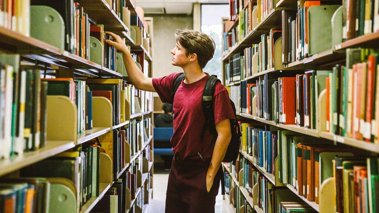 Study Reveals One Simple Solution That Would Slash Our $1.5 Trillion Student Debt