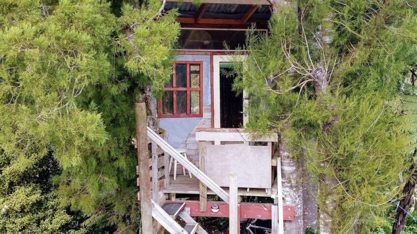 Recycled Treehouse Near Wellington, New Zealand