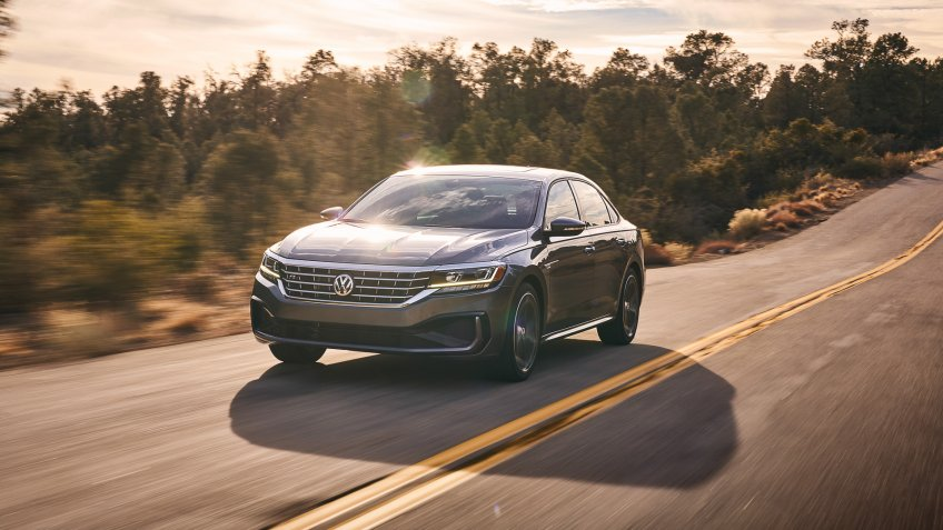 2020 Volkswagen Passat new car