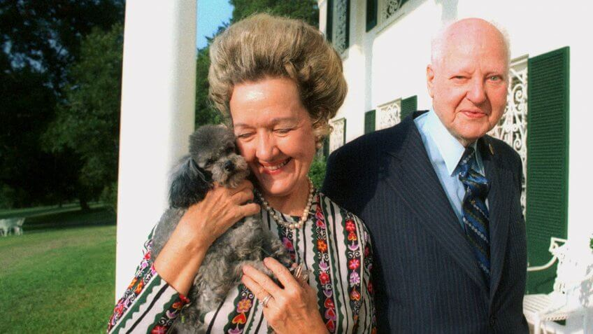 Photo by AP/REX/Shutterstock HUNT H.L. Hunt, who is considered one of the richest men in the world, is pictured with his wife at his home outside Dallas, Texas H.L. HUNT, DALLAS, USA