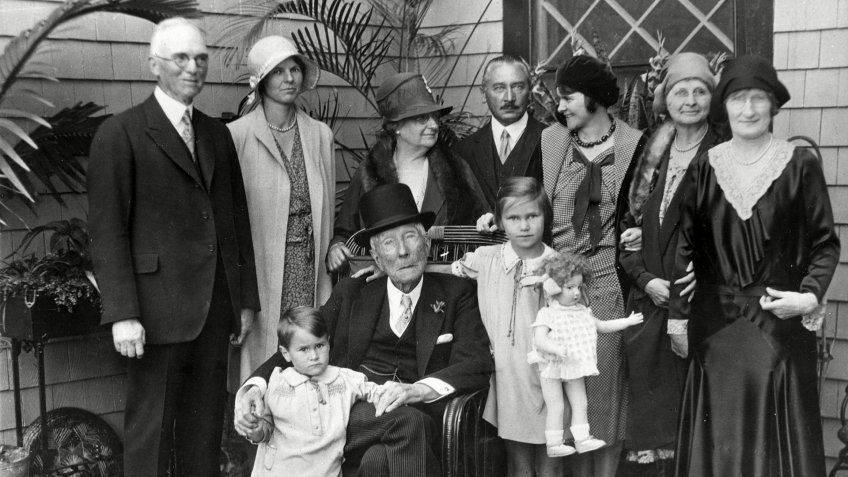 Photo by Engelbrecht/AP/REX/Shutterstock Rockefeller John D. Rockefeller, center, is surrounded by relatives and friends in Ormund Beach, Fla., on . From left to right are, John P. White, Cleveland, a close friend; Betty White; Fannie Evans, a second cousin; Max Oser and Mathilde Oser, daughter of the late Edith Rockefeller McCormick, visiting with her husband from Switzerland; Mrs. White; and Mrs. Mitchell, who often reads to Rockefeller. Rockefeller is seated between Peter and Anita Oser, his great-grandchildren Rockefeller Friends and Family