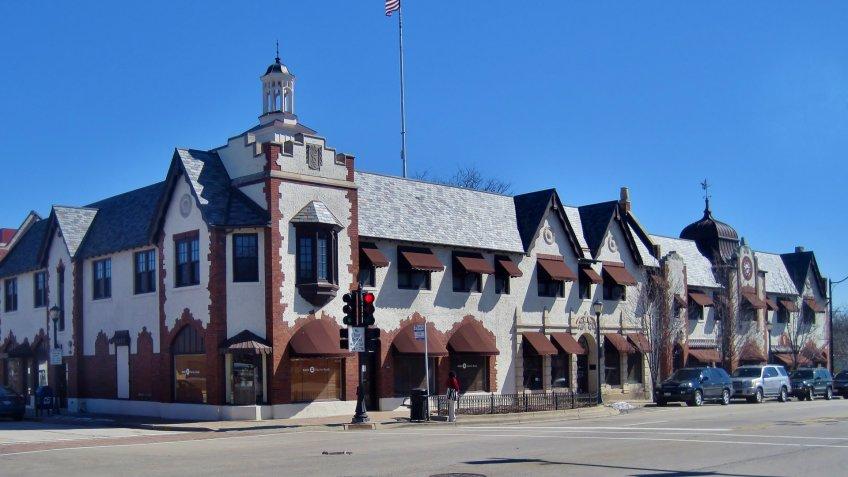 LIbertyville Illinois public services building