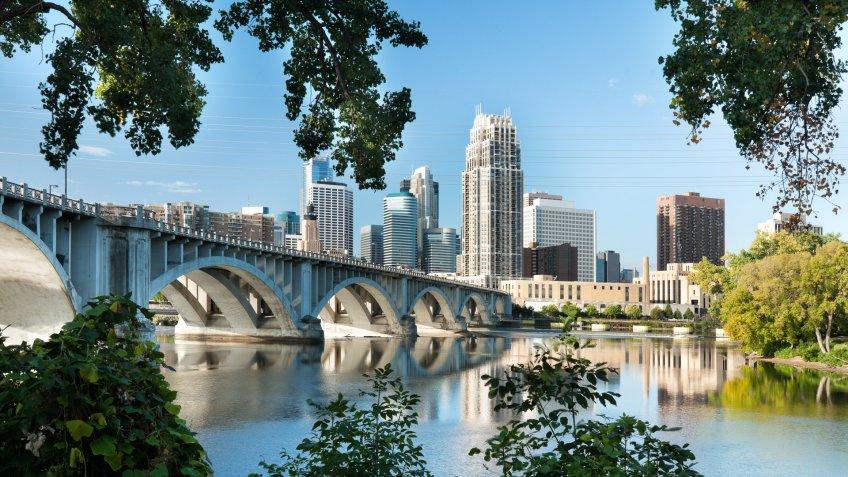 Minneapolis Minnesota cityscape view