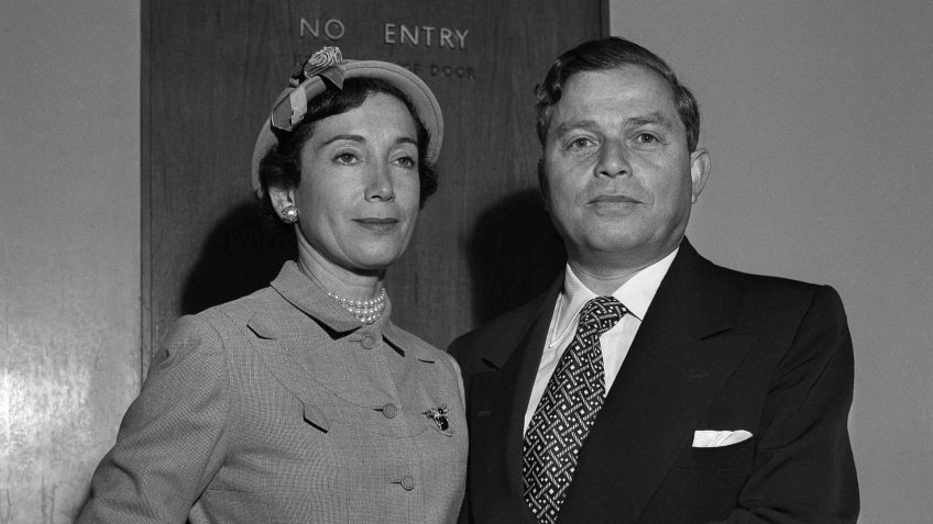 Photo by Anonymous/AP/REX/Shutterstock Samuel I. Newhouse, Mitzi Newhouse Mr. and Mrs. Samuel Newhouse, publisher of Long Island Daily Press shown as they arrived on the Queen Mary, in New York Samuel I. Newhouse, New York, USA