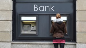 Are Banks Open on Easter Monday?