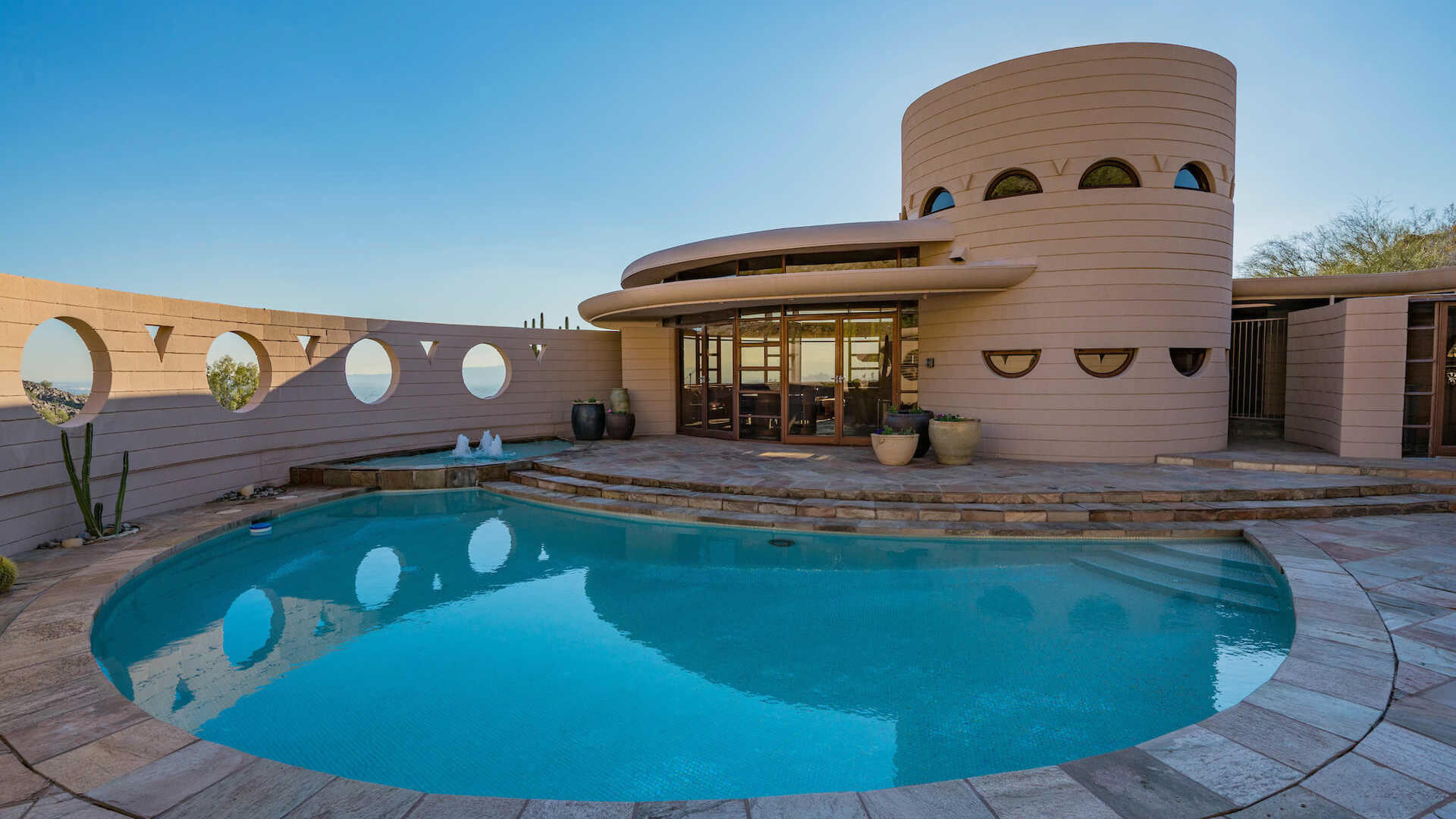 Striking Frank Lloyd Wright Homes You Can Buy Today ...
