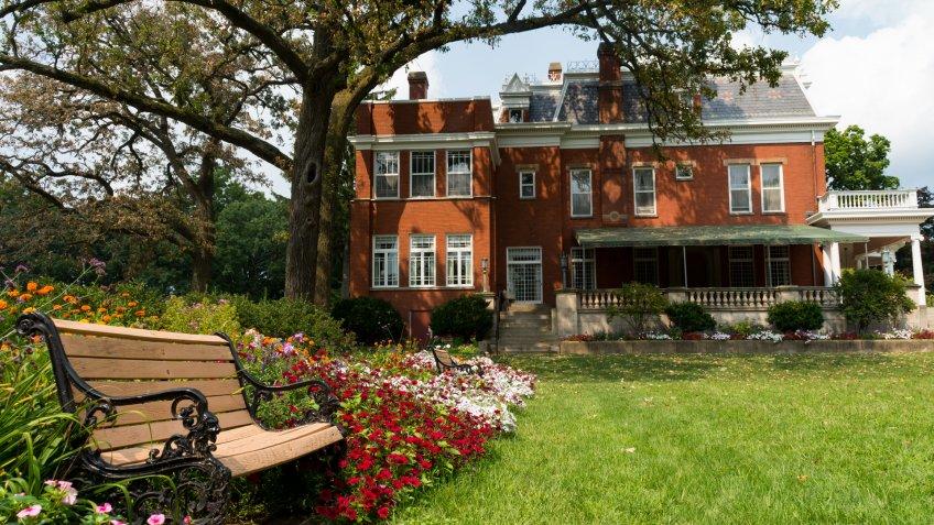 Illinois mansion