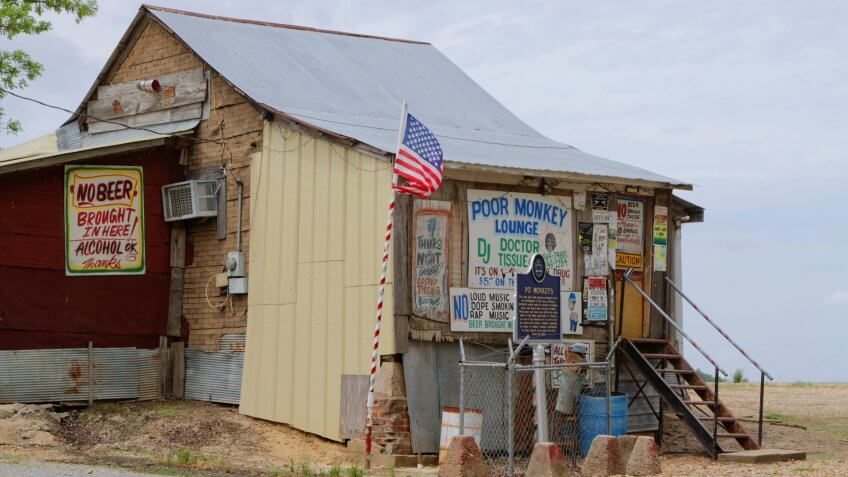 MERIGOLD, MISSISSIPPI, May 8, 2015 : Juke joint, west of Merigold.