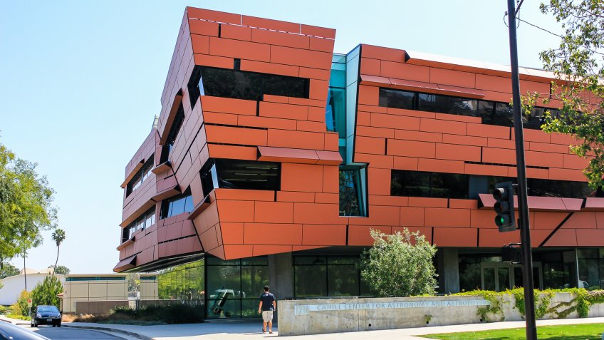 California Institute of Technology Cahill Center for Astronomy and Astrophysics by Morphosis Architects