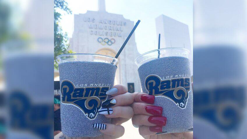 Los Angeles Memorial Coliseum LA Rams stadium food