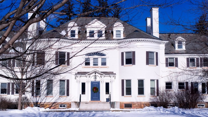 Massachusetts mansion