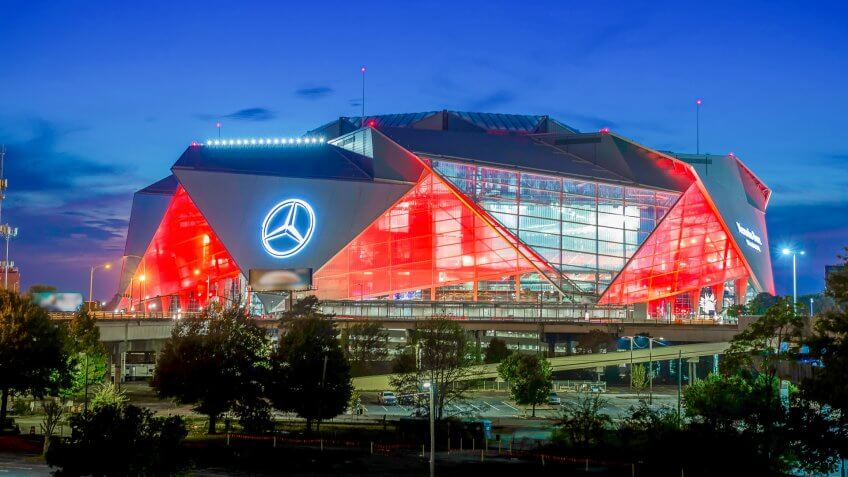 Mercedes-Benz Stadium Atlanta Falcons football stadium