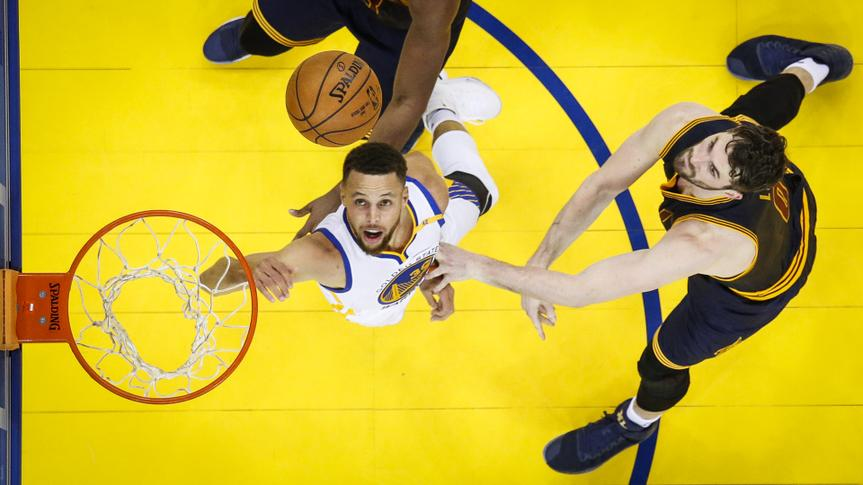 Steph Curry Golden State Warriors against Kevin Love Cleveland Cavaliers