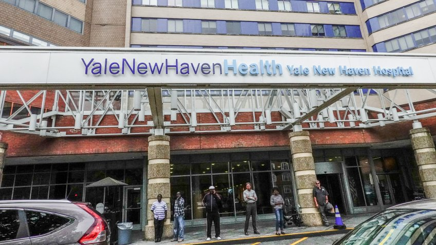 New Haven Connecticut, USA September 28, 2018 Yale New Haven hospital.