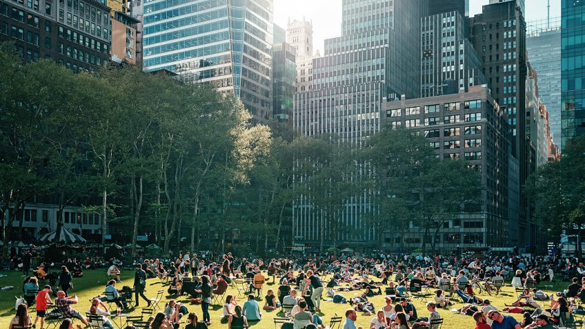 The most famous and fabulous city in the world - New York City as unique lifestyle, architecture and landmarks.