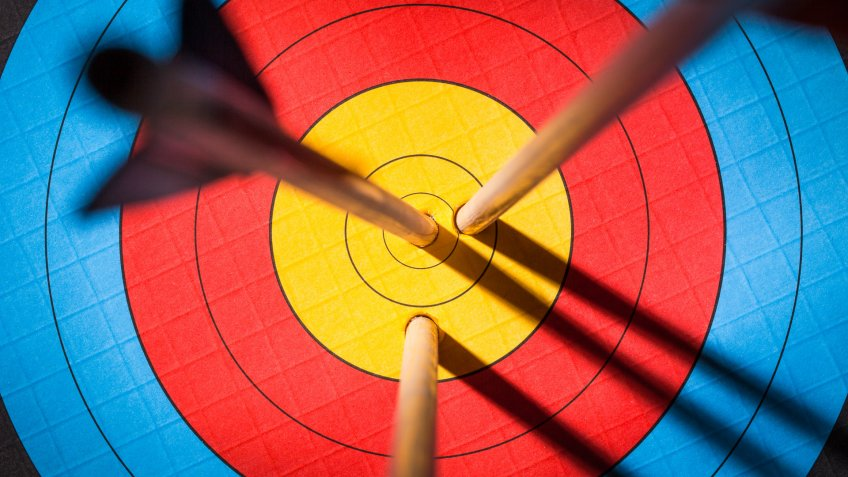 three arrows bullseye target