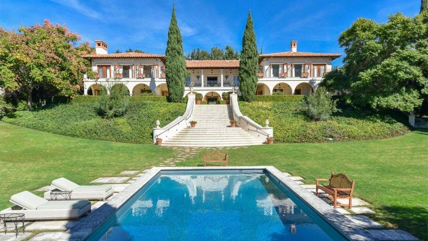 Serene Hilltop Villa in Rancho Santa Fe, California