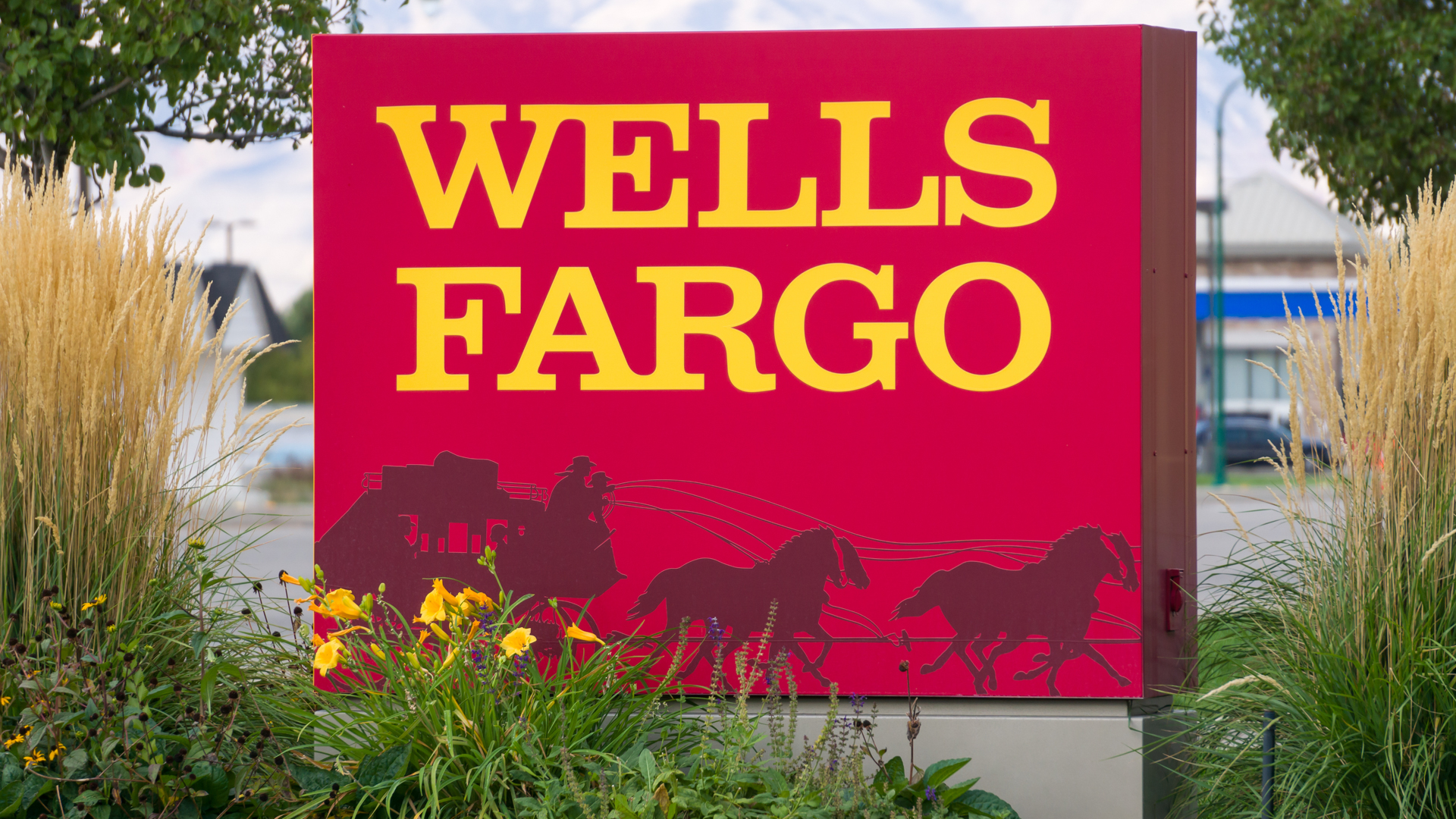 Wells Fargo Bank SWIFT Code | GOBankingRates on