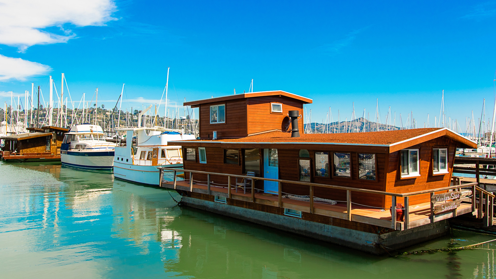 houseboat in Sausalito California