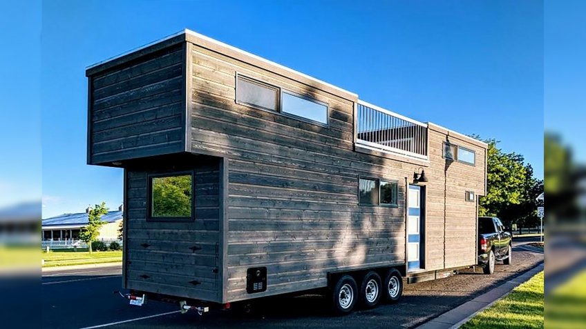 Roof Deck-Equipped Tiny Home in Fort Collins, Colorado