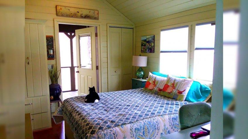 Turnkey Tiny House in Flat Rock, North Carolina bedroom