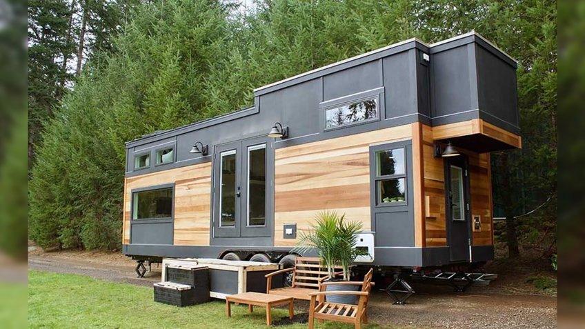 Modern Mountain House in Portland, Oregon