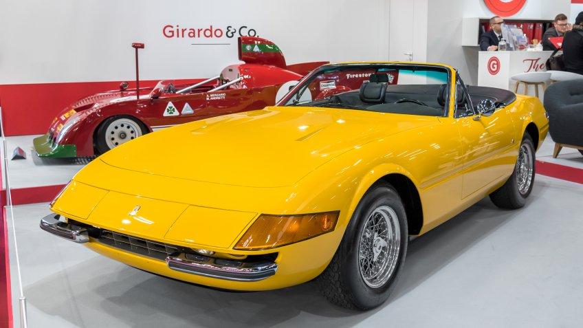1971 Ferrari 365 GTS-4 Daytona Spider