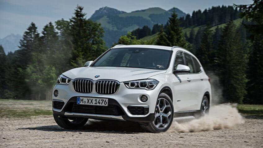 2016 BMW X1 luxury car