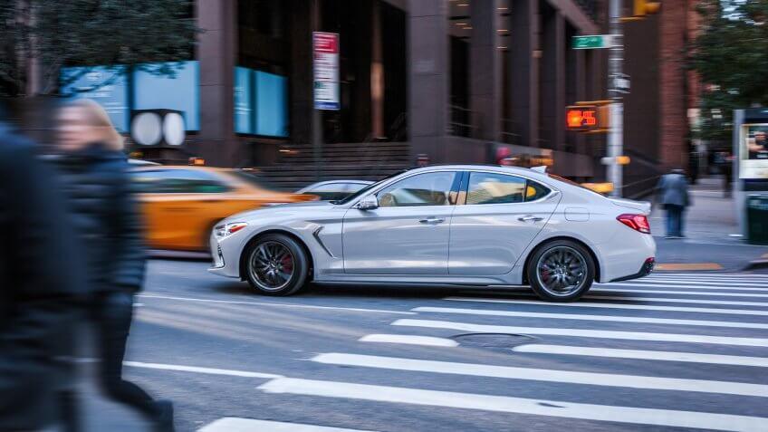 2019 Genesis G70 luxury car