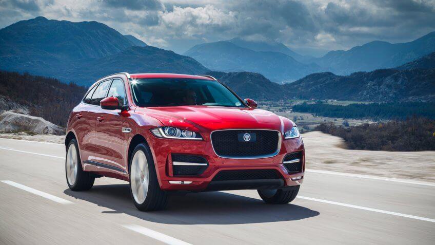 2019 Jaguar F-Pace luxury car
