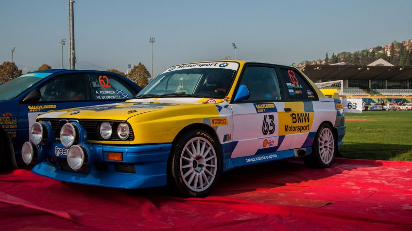 SANMARINO, SANMARINO - OTT 21, 2017 : BMW M3 E30 1988 in old racing car rally THE LEGEND 2017 the famous SAN MARINO historical race - Image.