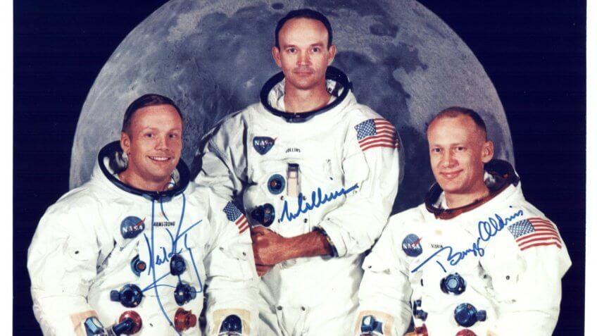 Apollo 11 astronauts signed photograph