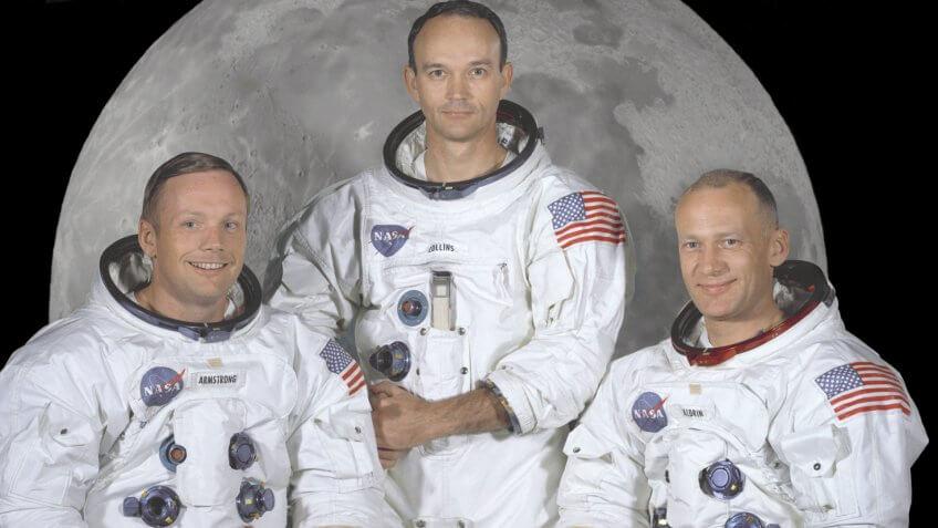 Apollo 11 lunar landing mission astronauts