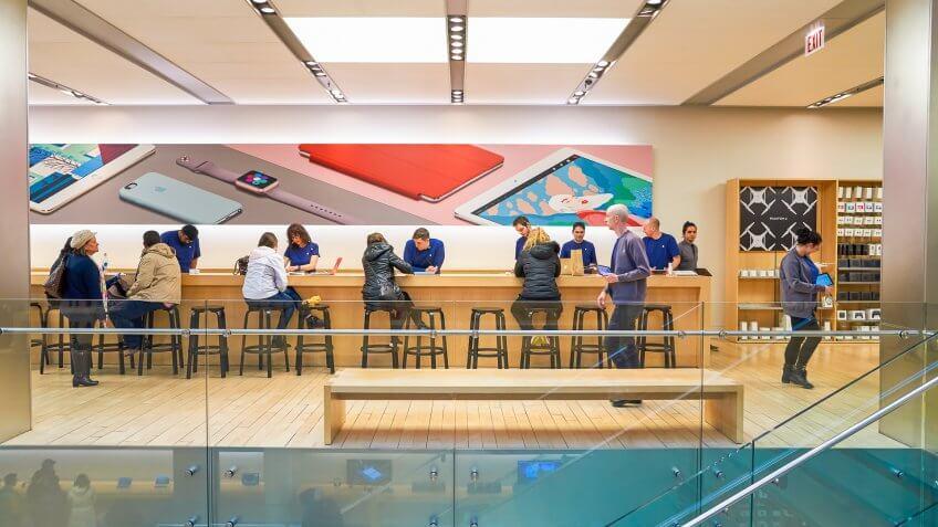 Apple store in Chicago Illinois