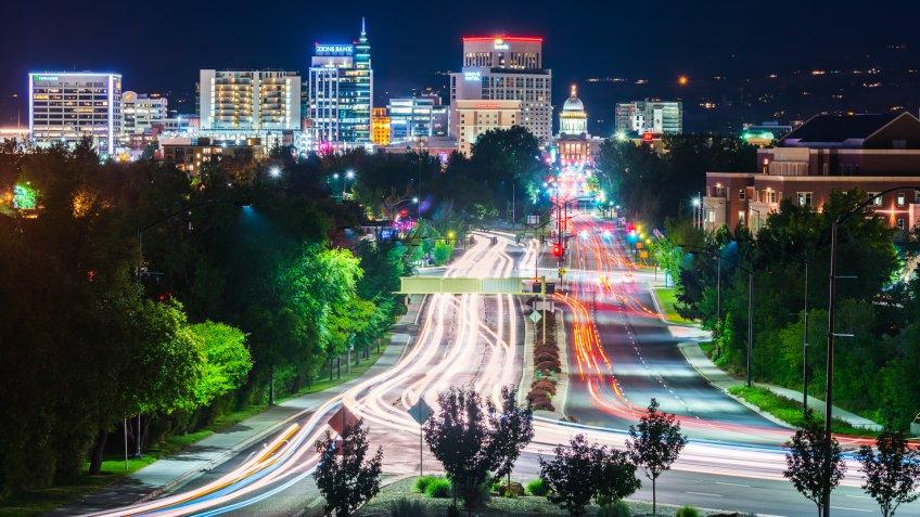 Boise,idaho,usa 2017/06/15 : Boise cityscape at night with traffic light.
