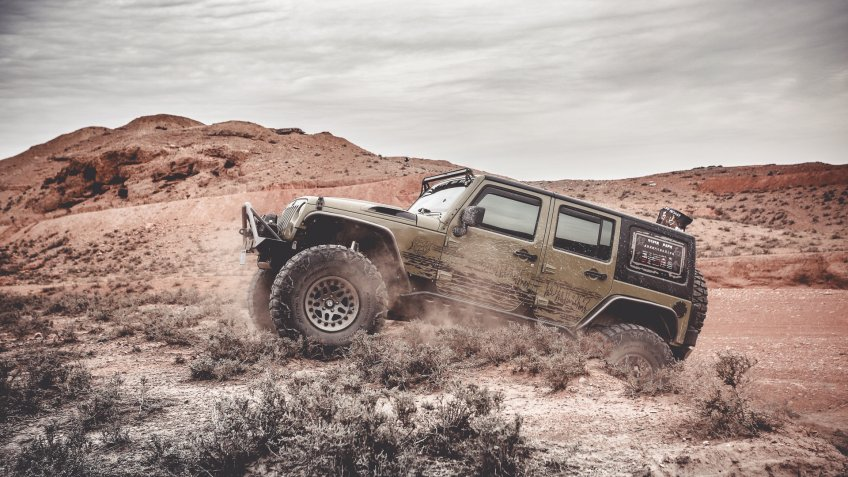Jeef off-roading in desert