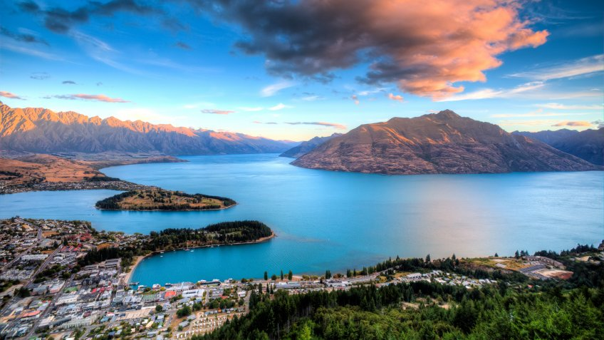 the most beautiful sunset from Queenstown Gondola Skyline in New Zealand.