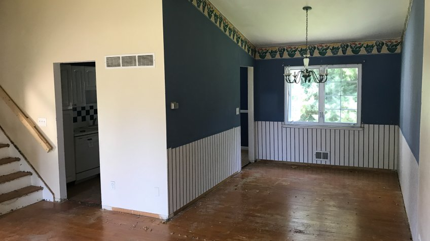 home flip before renovation