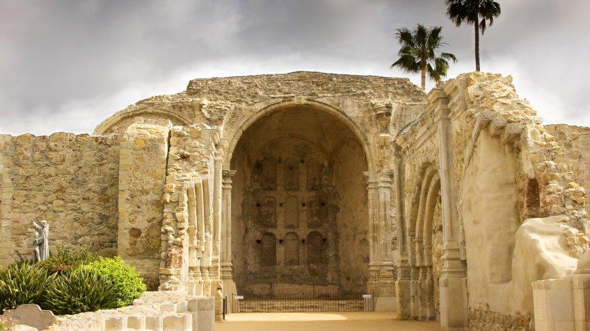 Mission San Juan Capistrano earthquake 1812