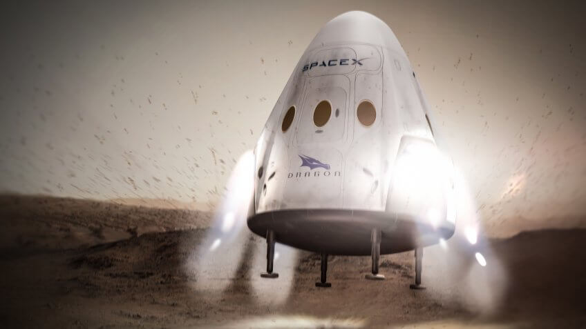 SpaceX Dragon on planet Mars