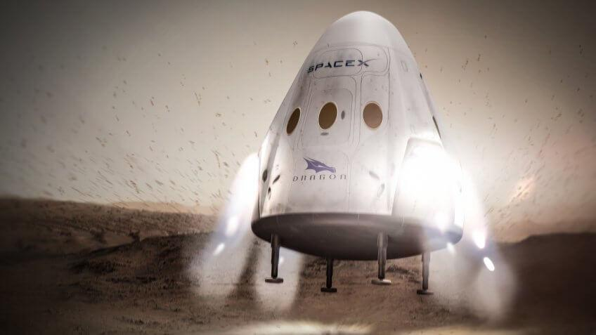 SpaceX Dragon on planet Mars