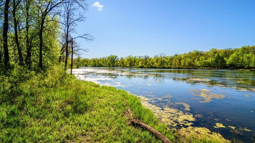 Spring in Waterloo, Iowa / Spring in Iowa - Image.