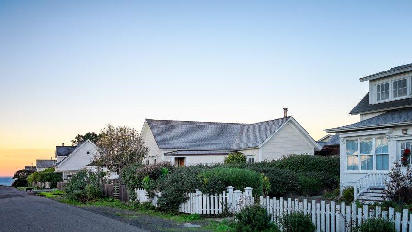 homes near the ocean