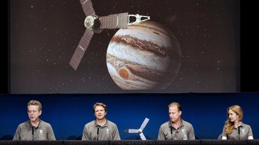 media briefing for Juno spacecraft around Jupiter