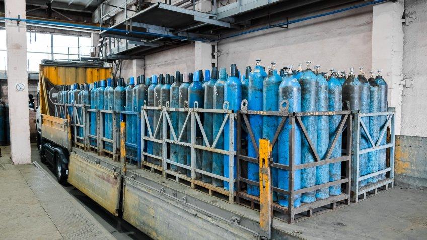 oxygen gas tanks