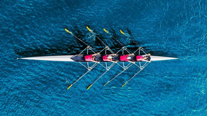 rowing team competing