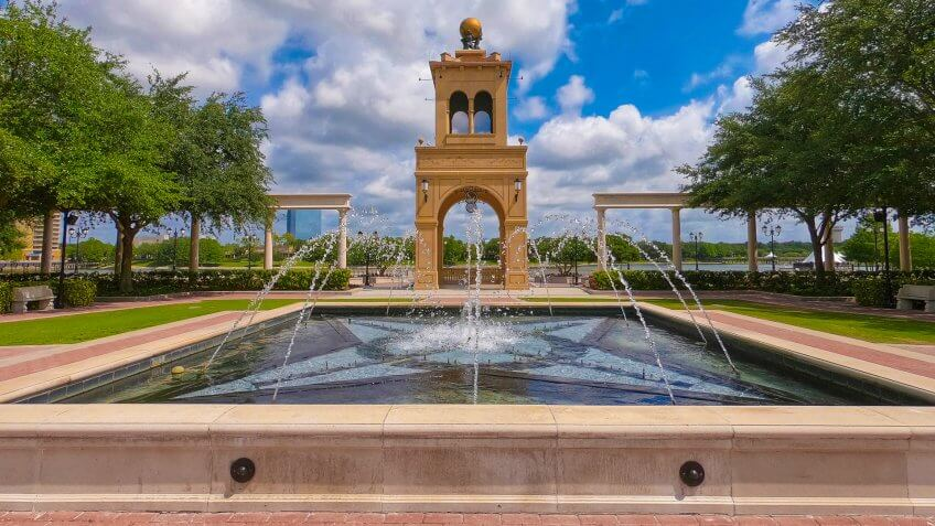 Altamonte Springs, Florida/USA - May 9, 2019 : Cranes Roost Park fountain and tower in the background - Image.
