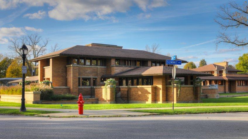 BUFFALO, NEW YORK/CANADA- SEPTEMBER 25, 2O17: The Frank Lloyd Wright's Darwin Martin House, Buffalo, New York - Image.