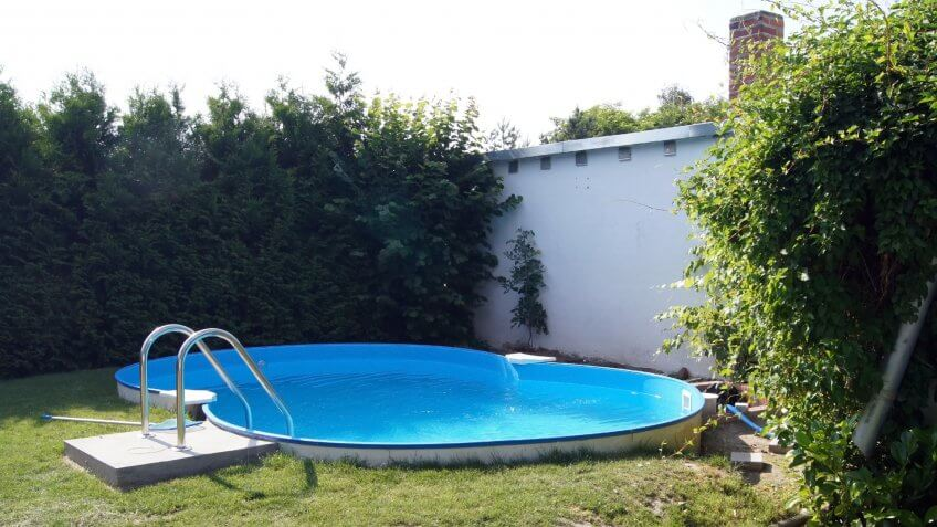 Steel Wall pool in the Garden - Image.