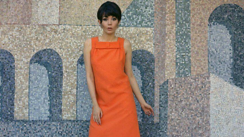wool dress fashion in 1967
